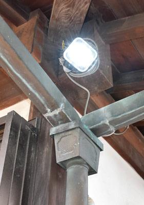 センサー付LED照明01.jpg