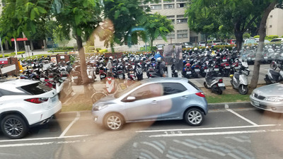 バイク・スマホ02.jpg