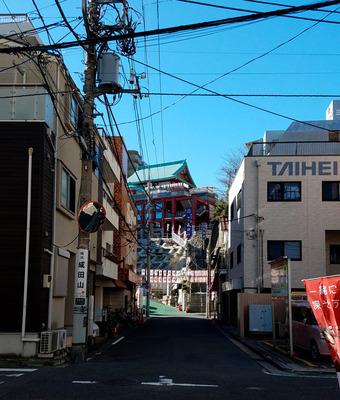 横浜成田山01.jpg