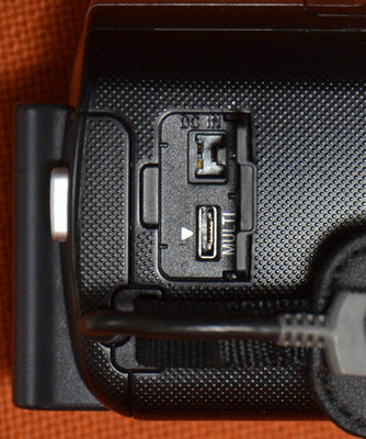 HDR-CX430V05.jpg