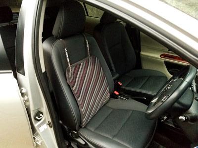aqqua-seats-02.jpg