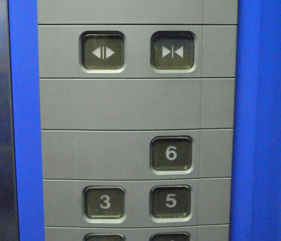 elevator_buttons04.jpg