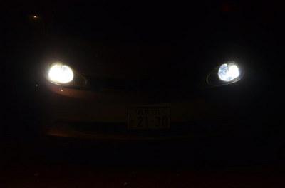 headlight13.jpg