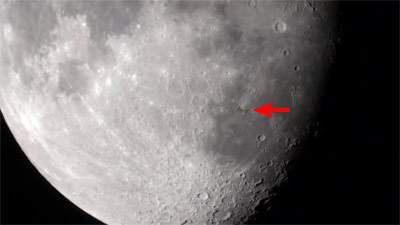 iss_over_the_moon_t.jpg