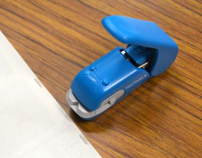 stapler08.jpg