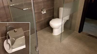 toilet07.jpg
